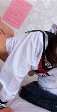 『桃乃木かな』人気アイドルAV女優が店舗型ヘルス嬢になっちゃった♡本番禁止の店なのに気持ちよすぎて挿入許しちゃった!セーラー服着たままSEX♡