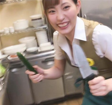 憑依バカッターファミレス店員美谷朱里
